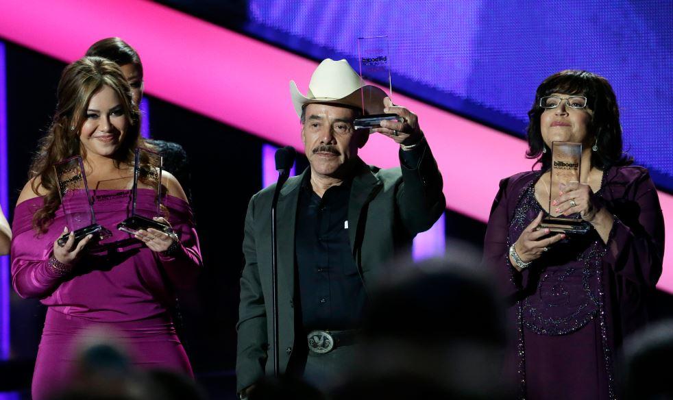 Jenni Rivera triunfa en los Premios Billboard (fotos)