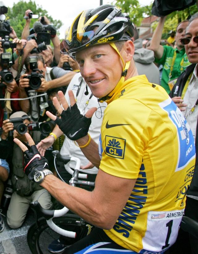 Gobierno demanda a Armstrong