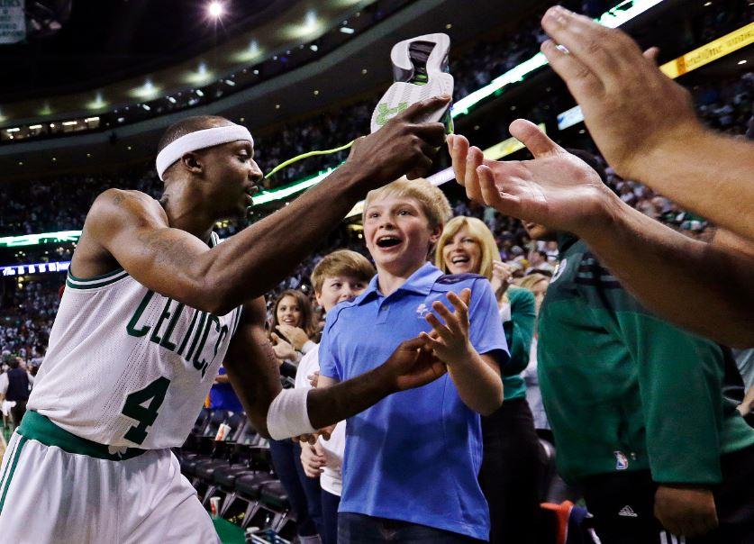Knicks se quedan cortos ante los Celtics
