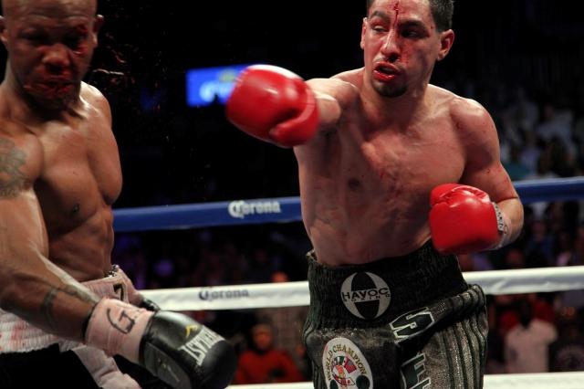 Danny García castigó duro a Zab Judah en la pelea que el latino ganó por decisión unánime la noche del sábado en Brooklyn.