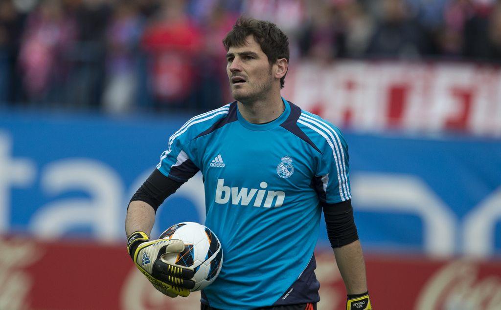 Casillas recibe medalla de la Comunidad de Madrid
