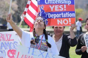 Mayoría de estadounidenses apoya una reforma migratoria