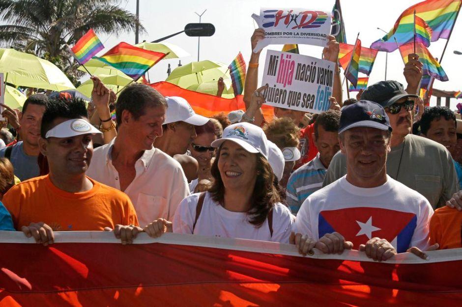 Gays serían aceptados en la sociedad cubana (fotos)