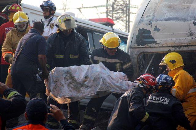 Explosión de pipa en México deja 20 muertos (fotos / listado)