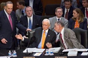 Senado aprueba enmiendas a reforma migratoria