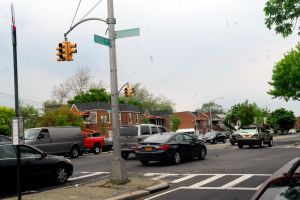 Residentes de East Flatbush exigen mayor seguridad vial