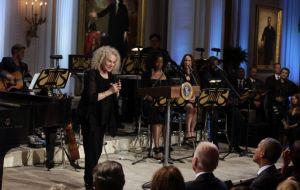Obama celebra a Carole King en la Casa Blanca