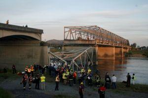 Se derrumba un puente de la autopista 5 en Washington