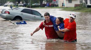 Un muerto y un desaparecido dejan las inundaciones en Texas