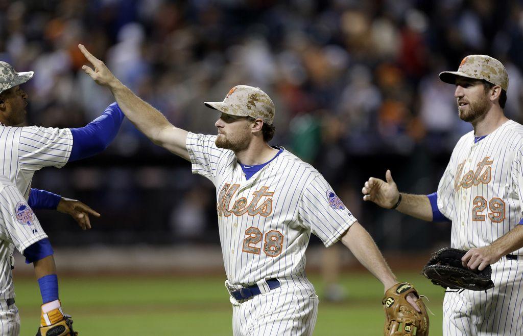 Mets gana primer partido de la 'Serie del Subway' (fotos)