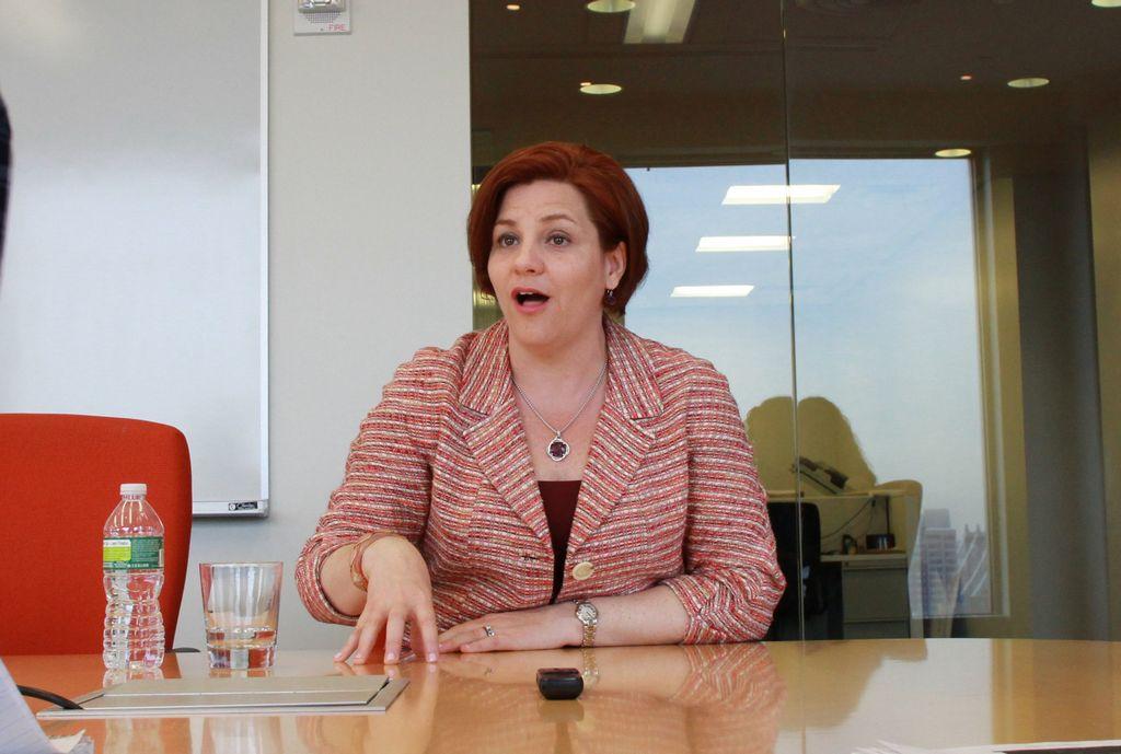 Quinn promete crear más viviendas asequibles en NYC