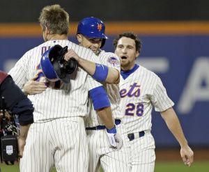Yankees caen por segunda noche seguida ante Mets