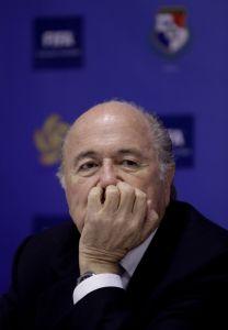 Blatter esconde su salario