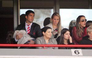 """Liverpool dice que Luis Suárez """"no está en venta"""""""