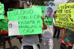 Secuestran a once jovenes en capital mexicana