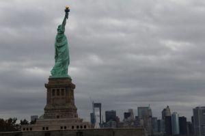 Visitantes de Estatua de la Libertad serán inspeccionados en Manhattan