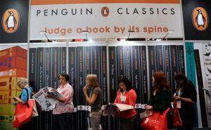 China acepta fusion de editoras Random House y Penguin
