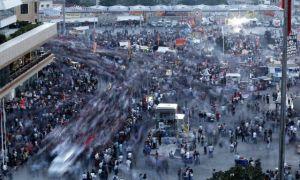 Primer ministro turco insiste en desarrollo de centro comercial