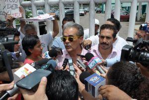 Exfuncionario mexicano es detenido en frontera con EEUU