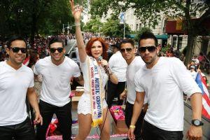 Ambar se acerca a latinas por Telemundo