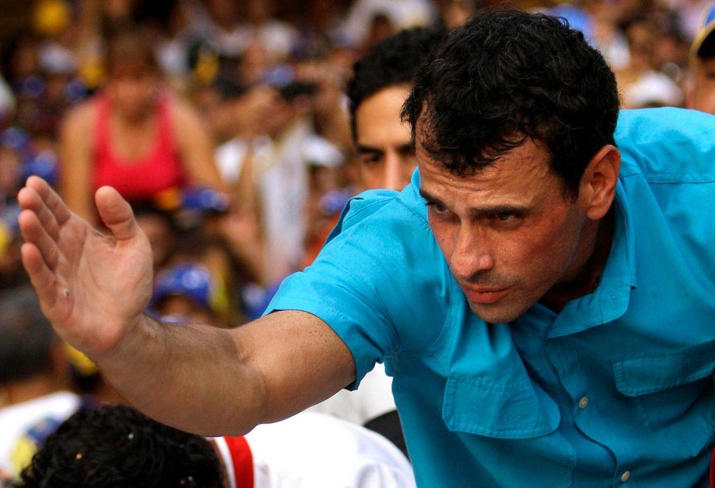 """Capriles lanza programa para """"vencer la censura"""" en Venezuela"""