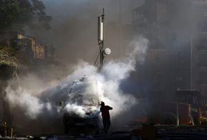 Lluvia de gases y piedras en choques en Turquía (fotos)