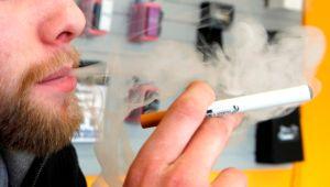 Más adolescentes usan cigarrillos electrónicos en Nueva York