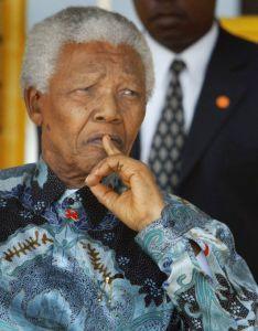 Mandela pasa otro día hospitalizado