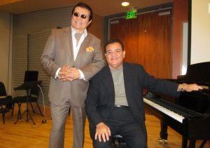 Richie Ray y Bobby Cruz reciben doctorado