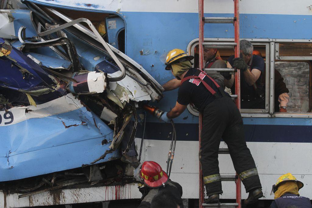Choque de trenes en Argentina suma 155 heridos (fotos)