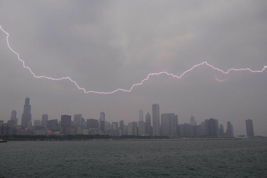 Grandes tormentas amenazan costa Este de EEUU