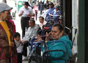 Neoyorquinos rechazan recortes a SNAP