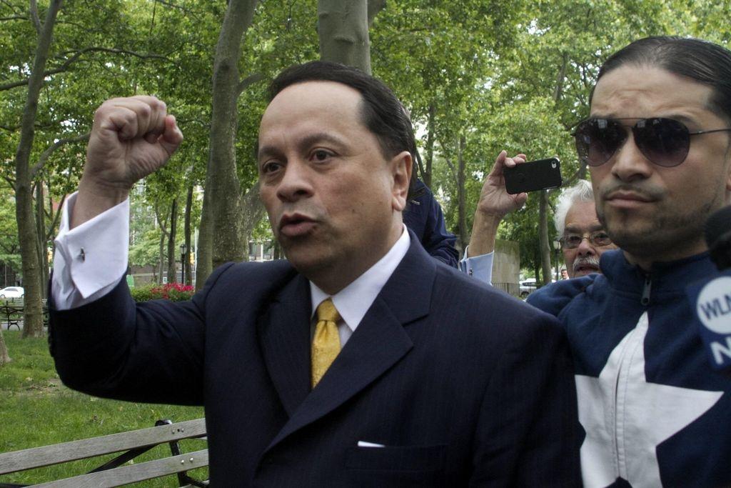 Exsenador Pedro Espada irá preso 5 años en NYC