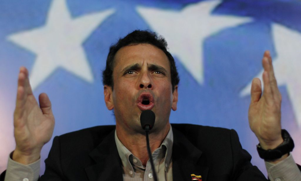 Capriles envía carta al Papa y pide su ayuda