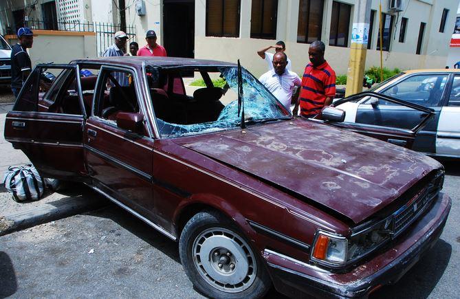Tres niños mueren en auto en Dominicana