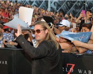 "Brad Pitt atrae masas a NY con  ""World War Z"" (fotos)"