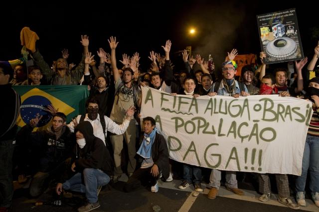 Rousseff apoya las protestas