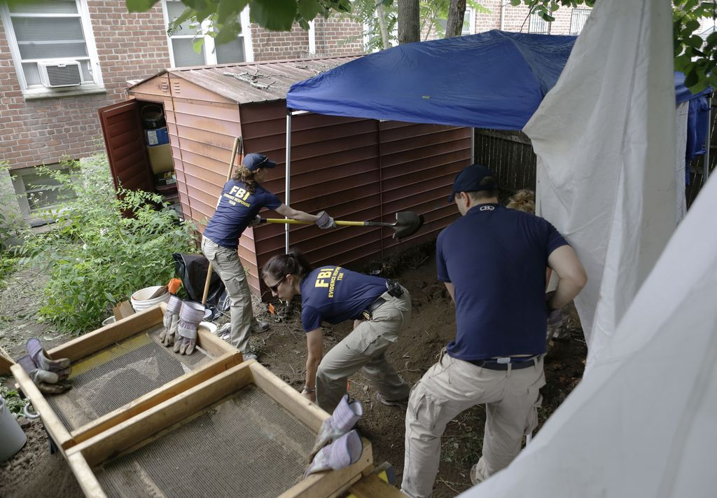 Posibles restos humanos en casa de mafioso en Queens