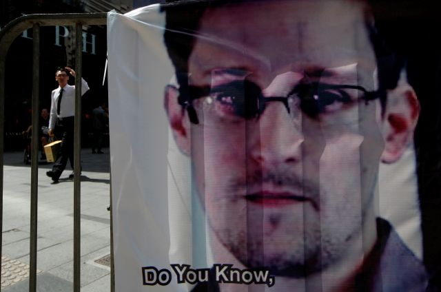EEUU presenta cargos contra Edward Snowden