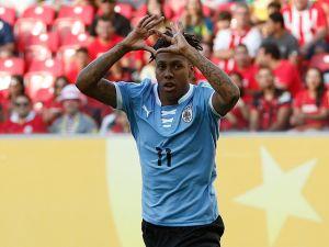 Triplete de Hernández pone a Uruguay arriba en el marcador (MT)