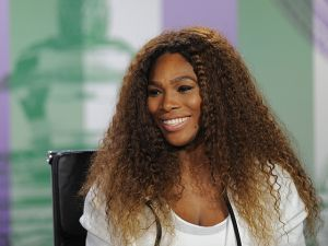 Serena Williams pide disculpas a Sharapova
