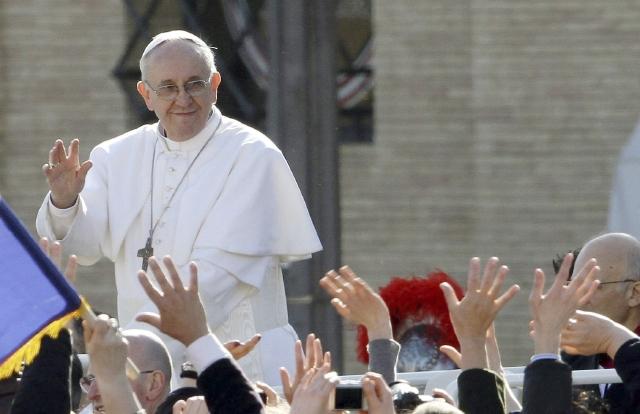 Afirma que Papa Francisco la curó
