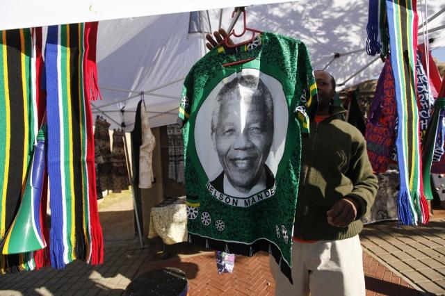 Piden rezar por la salud de Mandela