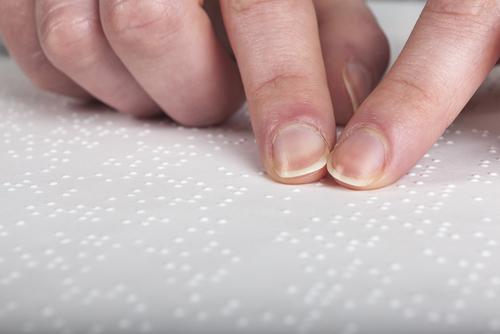 Firman tratado internacional para acceso de libros a ciegos