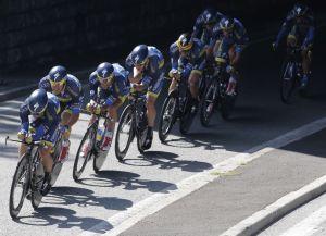 Contador pierde distancia en la Tour