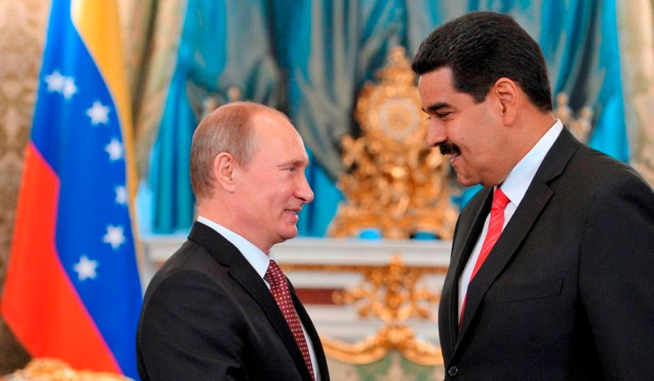 Maduro defiende en Moscú las acciones de Snowden