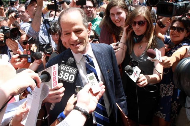 Spitzer oficializa  candidatura