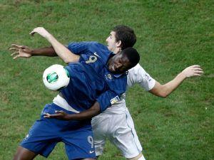 Francia y Uruguay siguen 0-0 al primer tiempo