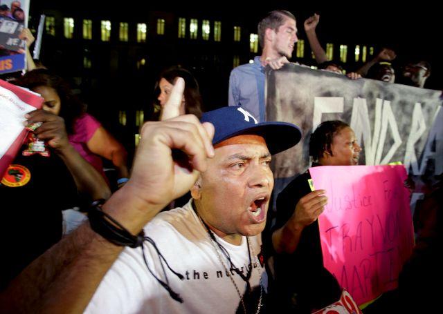 Absolución de Zimmerman provoca protesta en NYC (video)