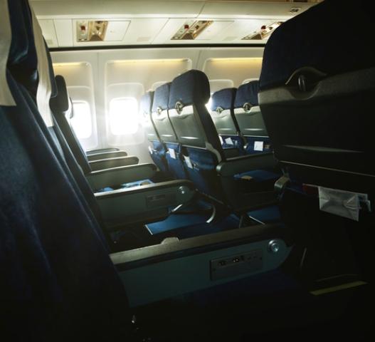 Pasajera detalla ataque sexual en medio de vuelo a Newark
